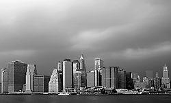 92477Stormy_Manhattan_B_W.jpg