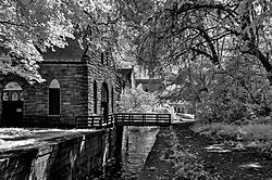 A-PI-BW-Old_Pump_House_and_Canal_in_IR-WC-John_D_Roach.jpg