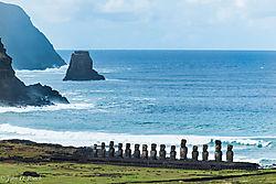 Ahu_Tongariki_on_South_Shore_-_Easter_Island.jpg