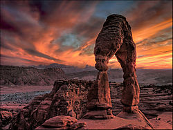 Arches-_2-850-by-250-kb.jpg