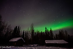 Aurora_Borealis_at_Wiseman_1.jpg