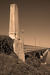 Belle_Isle_Bridge_in_B_W_Conversion_.jpg