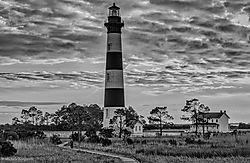 Bodie_Island_lighthouse.jpg