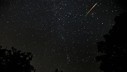 Caesars_Creek_-_persides_meteor_shower_8_12_2010.jpg