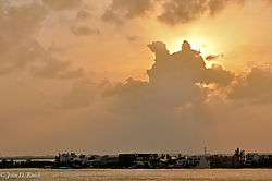 Cancun_Sunset_Nikonian_1.jpg