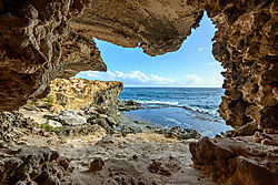 Caves-at-Ship-Wreck-Beach.jpg