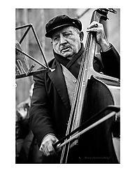 Cello_Man_in_Rome.jpg