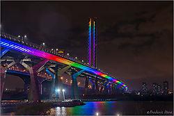 Champlain_rainbow_hues_19_Apr_20_c_1000_8068077.jpg