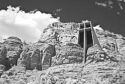 Chapel_of_the_Holy_Cross_.jpg