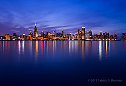 Chicago_At_Night.jpg