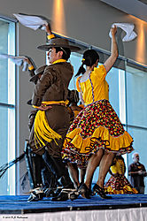Chilean-Teen-Floric-Dancers-3.jpg