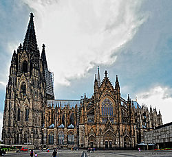 Cologne-Cathedral--2012.jpg