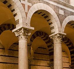 Colonnade_Master_SM5474.jpg