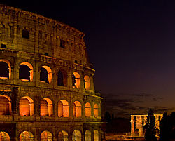 ColosseumNight_SMb4628.jpg