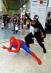 D2H_7411_Spiderman_Venom.jpg