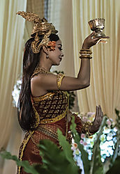 Dancer_at_Khmer_Wedding_1643.jpg