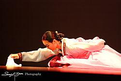 Dancersmall.jpg