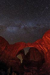 Double_Arch_Nat_Geo_Milky_Way-1.jpg