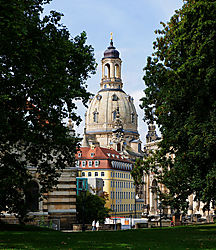 Dresden-2009-1200px-crop_2.jpg