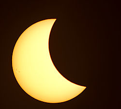 Eclipse_2017-3_The_Sun_Spots.jpg