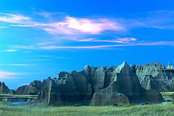 Evening_Mountains_2_-_Badlands_2005.jpg