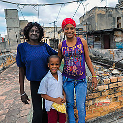 Faces-of-Havana-Rooftop-Family-8415.jpg