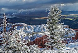 First_Snow_at_Bryce_Canyon.jpg