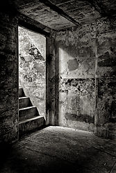 Fort_Casey_Bunker_Stairs_B_W.jpg