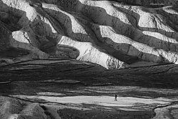 Franka_Gabler_-_Lone_Hiker_Death_Valley.jpg
