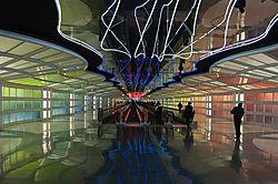 Gershwin_Tunnel_Chicago_O_Hare_edited-1.jpg