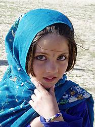 Girl_With_Pretty_Eyes_2.JPG