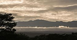 HILLS_CLOUDS_MOUNTAIN_and_SKY.JPG