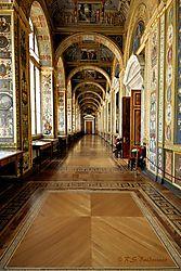 Hermitage-Museum-Hallway.jpg