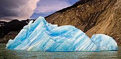 Iceberg-in-Lago-Argentina-5.jpg