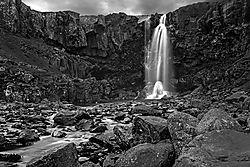 Iceland_Waterfall2.jpg