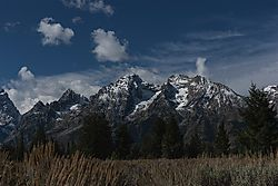 Jackson_Hole_mountain.jpg