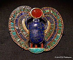 King-Tut-Exhibit-Scarab-Jewelry.jpg