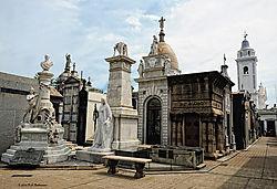 La-Recoleta-Cemetery-Buenos-Aires.jpg