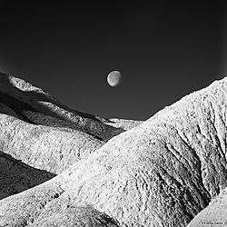 Lunar_Landscape_Death_Valley_-_cropped_copy.jpg