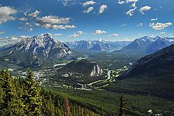 MOUNTAIN_PEAKS_BANFF_CANADA_10_06_4068LR.jpg