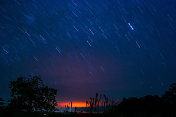 MOVING_STARS_GLOWING_NIGHT_1535.jpg