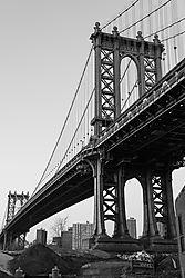 Manhattan_Bridge_BnW_121414.JPG