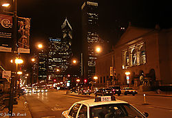 Michigan_Avenue_Chicago_from_Orchestra_Hall.jpg
