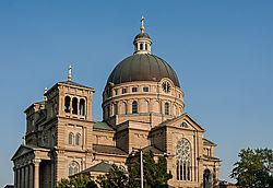 Milwaukee_s_St_Josaphat_Basilica.jpg