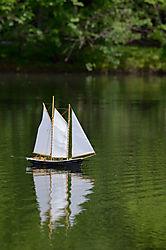 Model_Sailboat.JPG