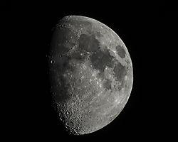 Moon_1_of_1_.jpg