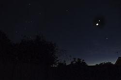 Moon_Venus_Jupiter_Orion.jpg