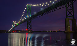 Mt_Hope_Bridge_at_sunset_-_2.jpg