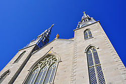 Notre-Dame_Cathedral_Basilica.jpg