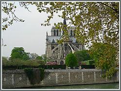 Notre_Dame_Paris_1.jpg